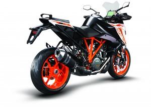 245733_1290 SuperDuke GT MY19 Orange Rear-Right